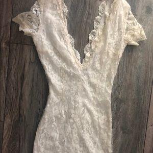 Tobi XS off white lace mini dress